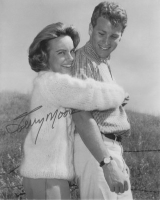 Terry Moore with Ryan O'neal